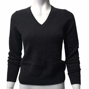LORD&TAYLOR 💯 %CASHMERE SWEATER